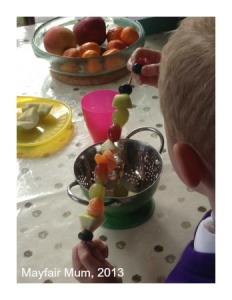 Fruit kebabs1